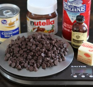 Easy recipe for Fudge with condensed milk