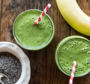 Smoothie Recipes with spinach and almond milk